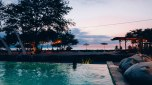 [GILI TRAWANGAN] Waiting sunset at pool